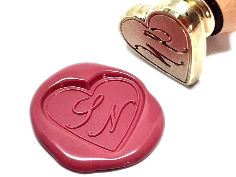 Tampon à cacheter en forme de coeur à vos initiales